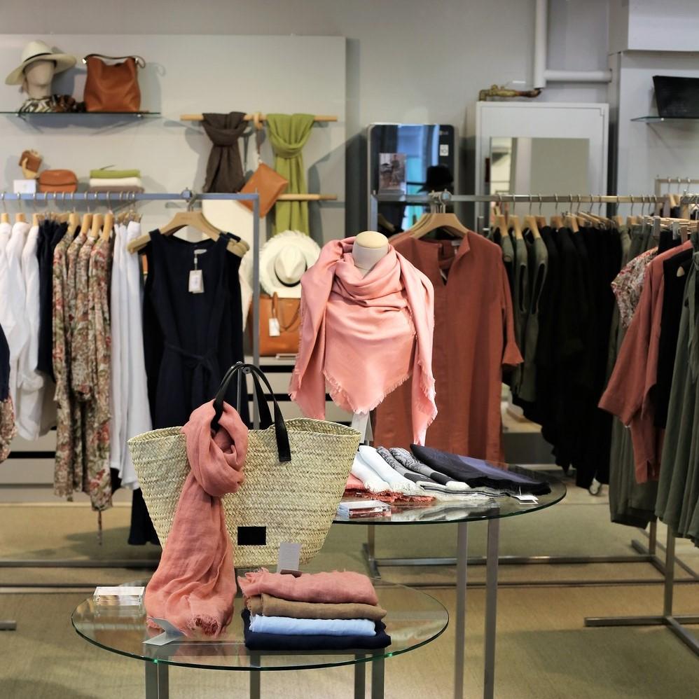 Balmuir Brand Stores
